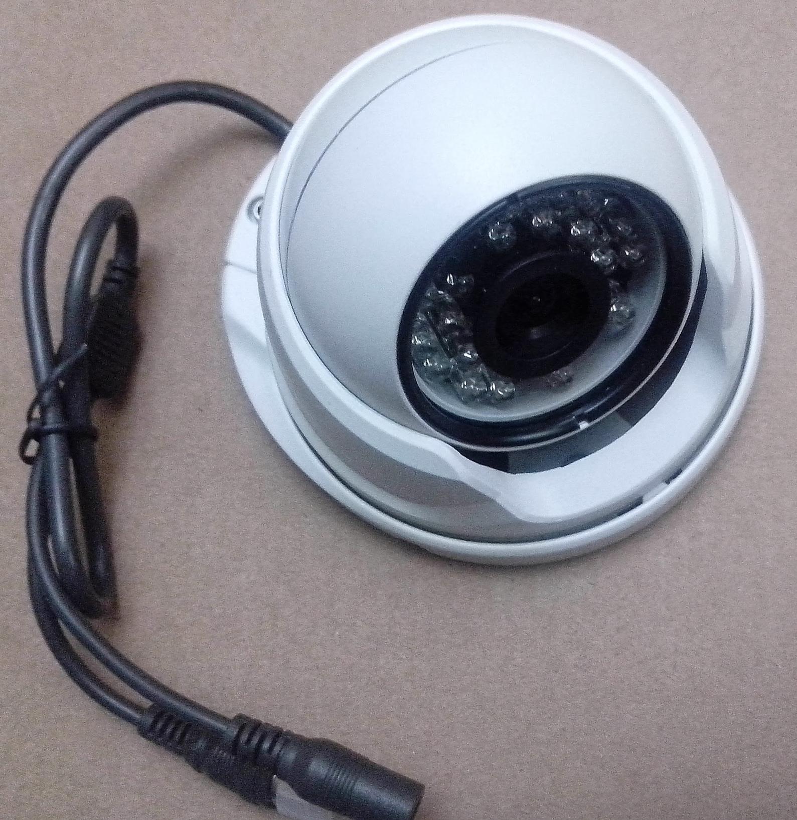 Видеонаблюдение на 4 камеры в картинках